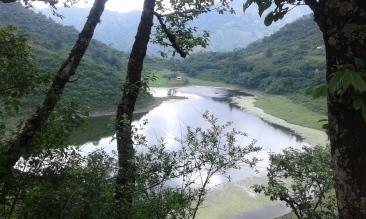 Laguna de Yala (a 20km de Hostal Jujuy)